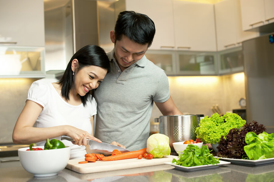 The important thing to remember here is that a romantic dinner is supposed to be fun. You want to spend quality time with each other and enjoy the food.