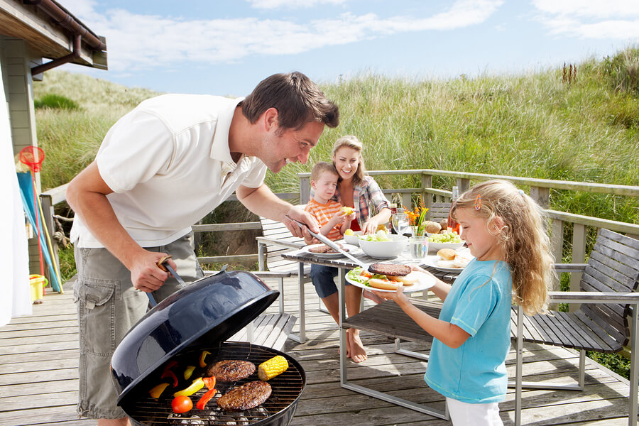 Why Everyone Loves Dads that Cook on the Grill