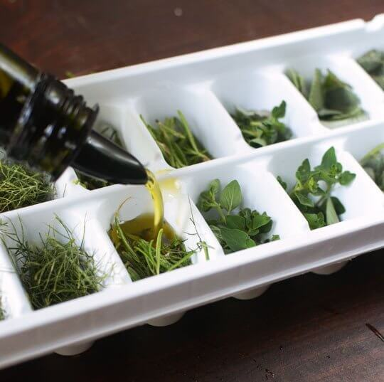 How to Freeze Your Herbs